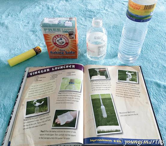 Science experiment : Vinegar Launcher
