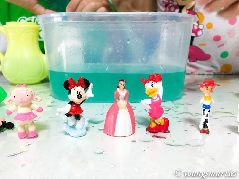 YS mini figurines